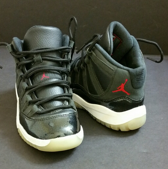 8ca09db68f03a6 Air Jordan Other - AIR JORDAN RETRO 11
